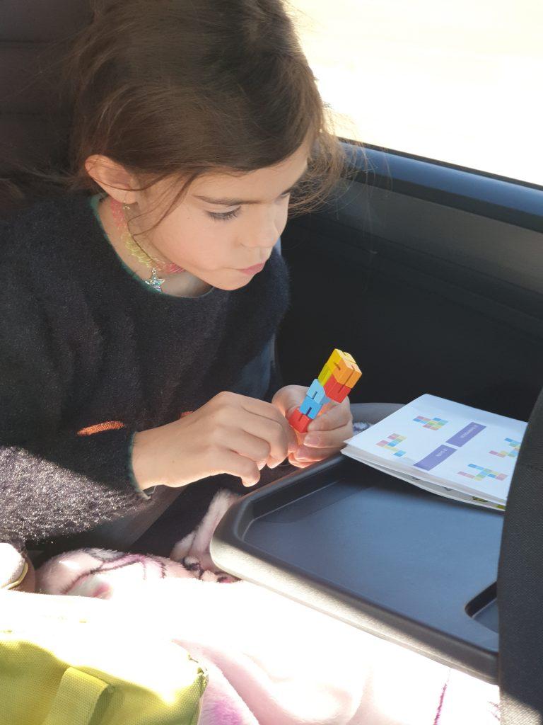 occuper ses enfants sans écran la mallette nomade puzzle