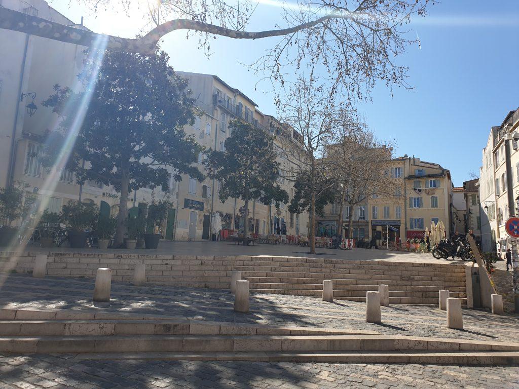 visiter le panier Marseille place