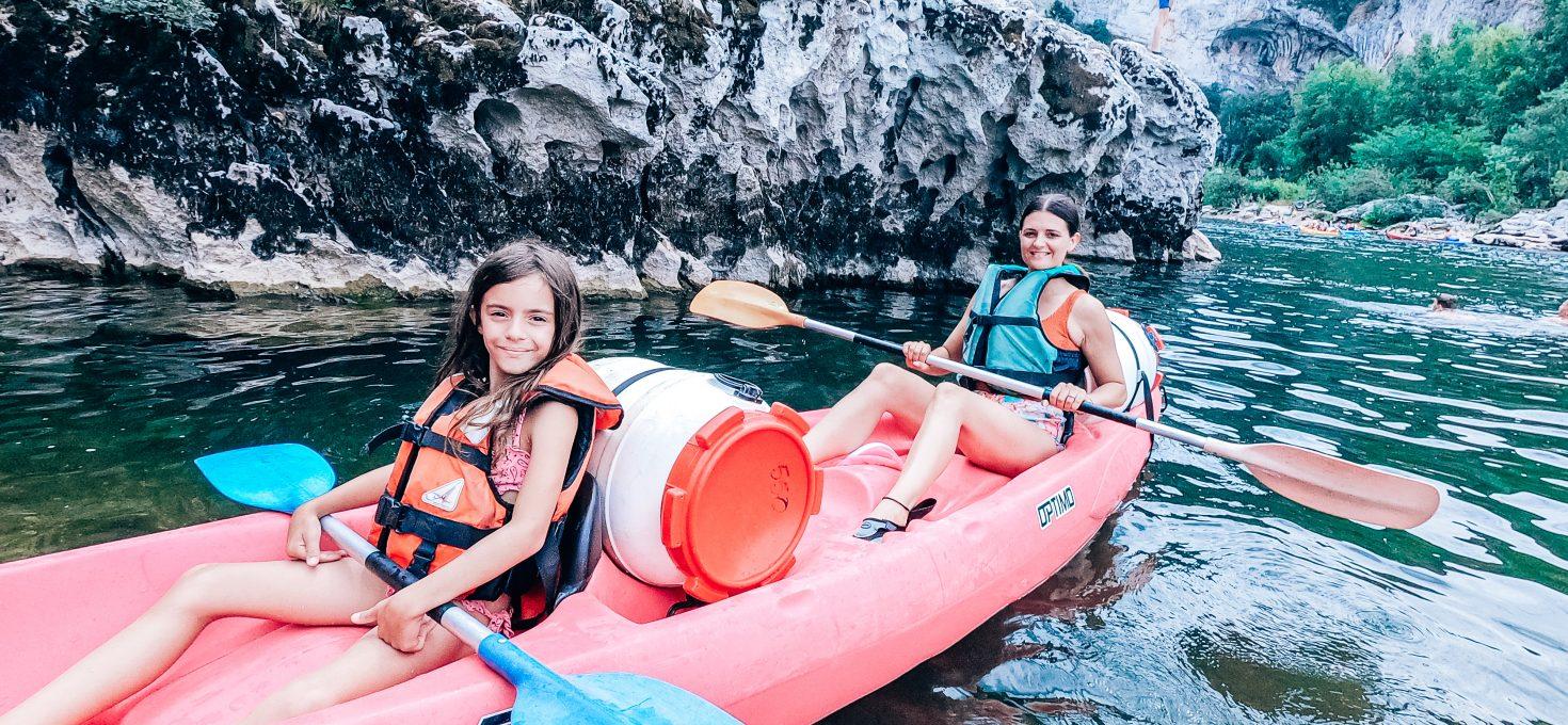 Descente de l'Ardèche en canoë en famille avec bivouac